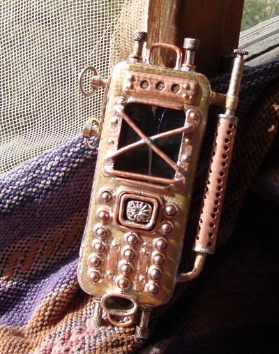 steam_punk_cellphone_59