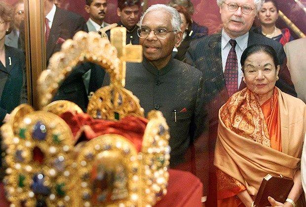 Cocheril Raman Narayanan with his wife